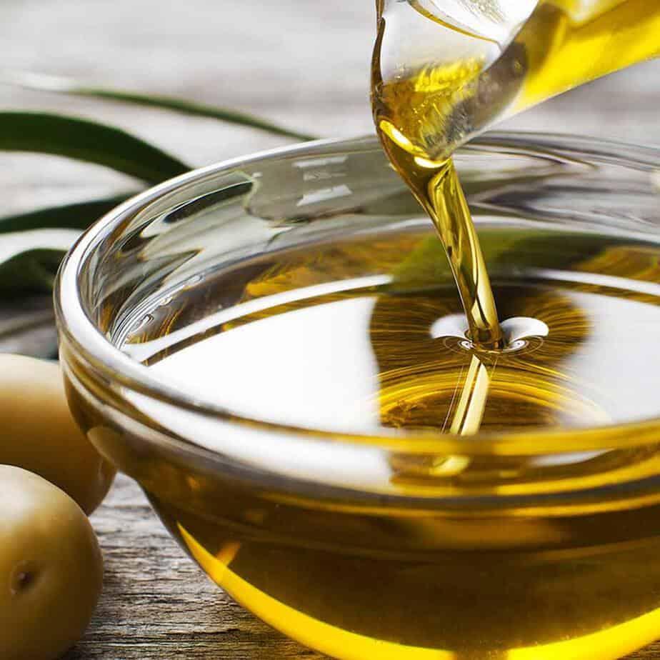 Dầu oliu và những tác dụng tuyệt vời trong làm đẹp   iFree