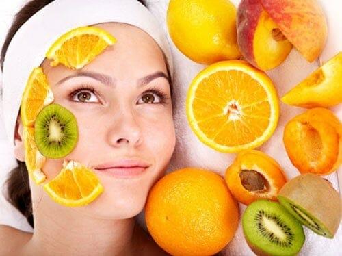 mặt nạ trái cây có nhiều dưỡng chất tự nhiên