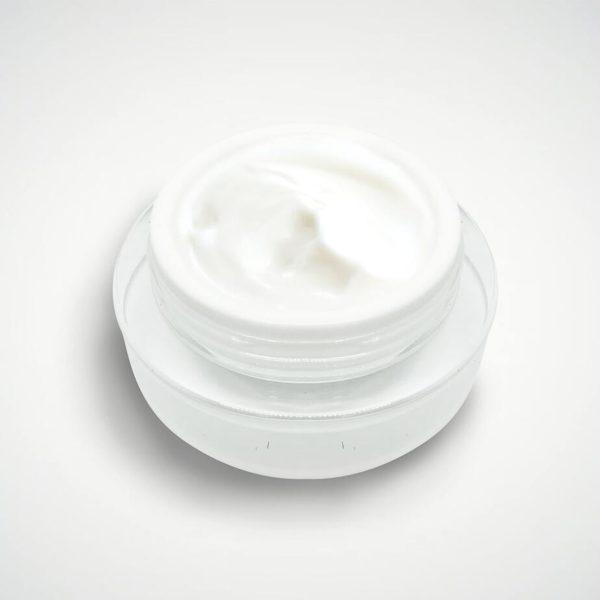 kem dưỡng trắng lúa mì thủy phân cao cấp