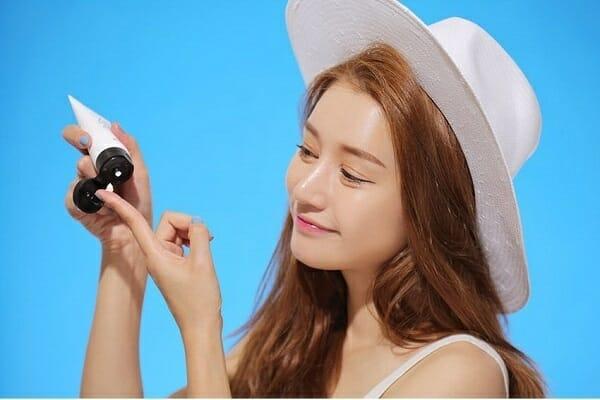 cách chọn kem chống nắng vật lí cho da nhạy cảm