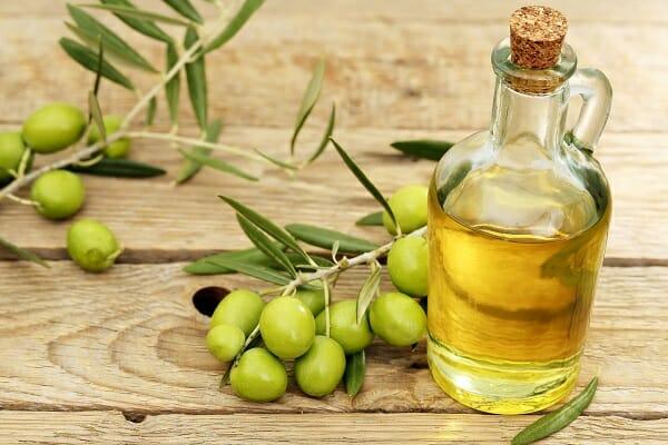 cách làm mặt nạ từ dầu oliu
