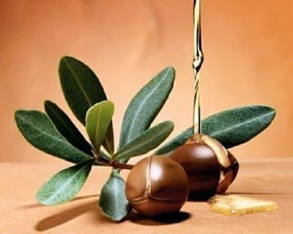 cách dùng dầu argan dưỡng tóc