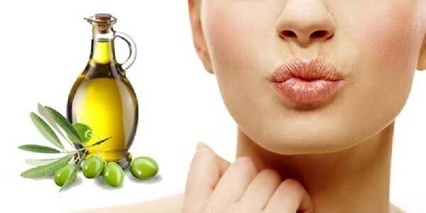 dầu oliu dưỡng môi