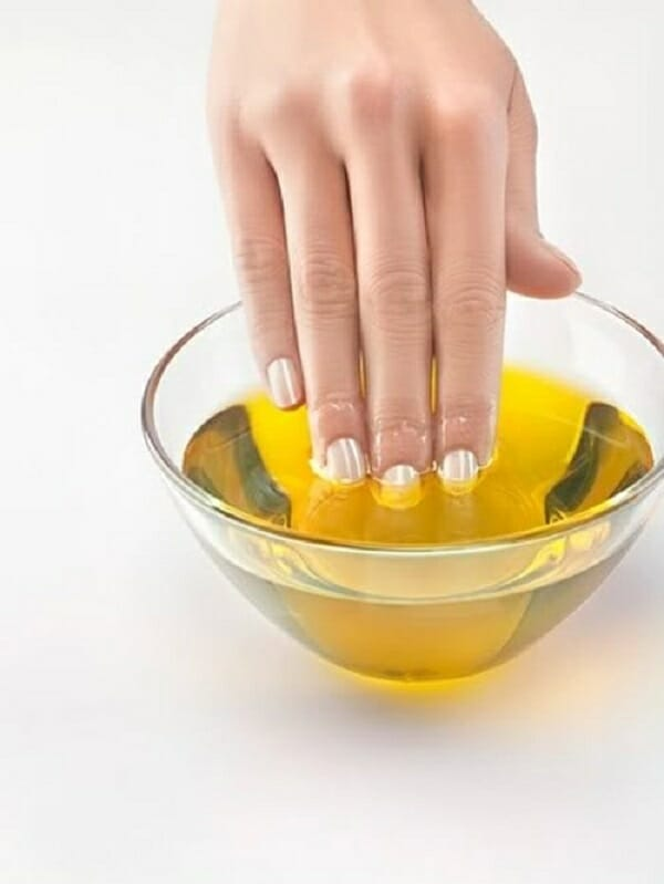 dưỡng da bằng dầu oliu