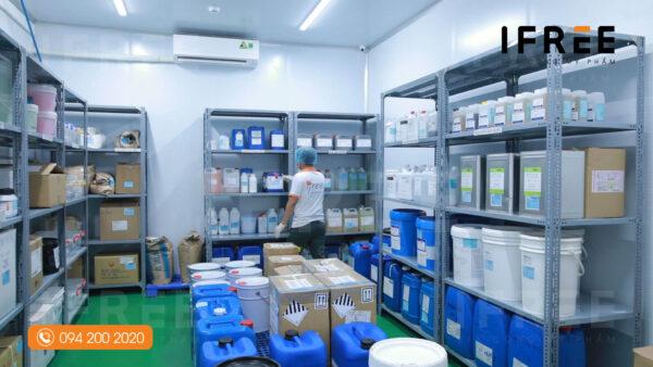 kho đóng gói tại nhà máy gia công mỹ phẩm ifree beauty - 3