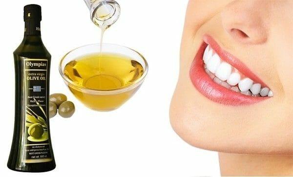 làm trắng răng bằng dầu oliu