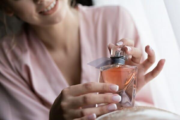 xưởng sản xuất nước hoa hồng chất lượng