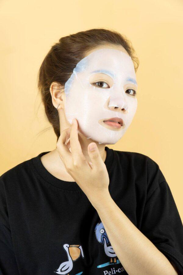 điều chỉnh nạ giúp thẩm thấu tinh chất vào da mặt